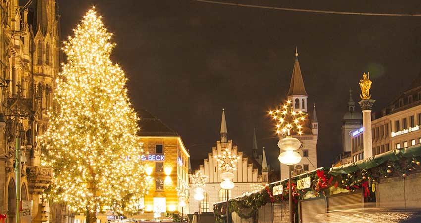 Weihnachtszeit am Marienplatz
